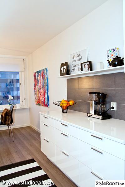 kök,frukt,kaffebryggare,tavla,golv