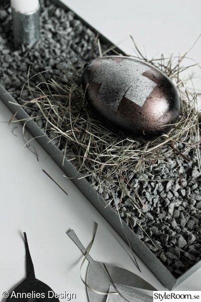 ägg,diy ägg,ägg med kors,kopparspray,påskpyssel