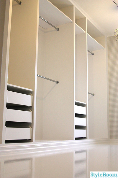 Garderob kl dkammare en klippbok om inredning - Ikea pax inspiration ...