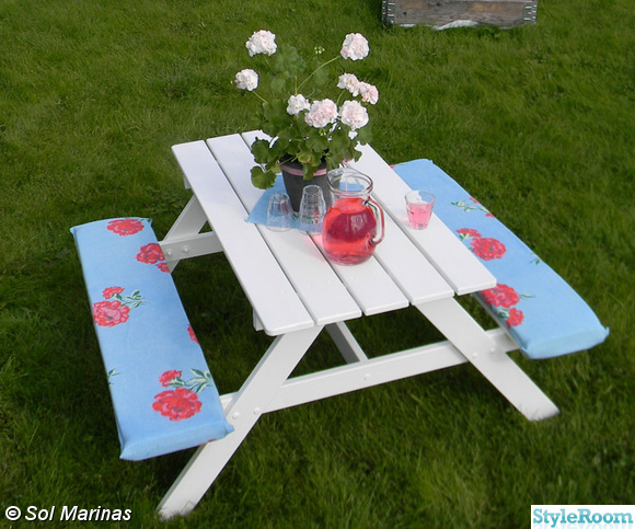 picknickbord,dynor,vitt,mårbackapelargon
