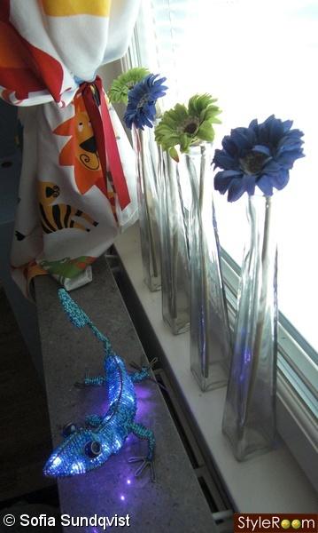 fönsterdetaljer,blommor,nattlampa,odla
