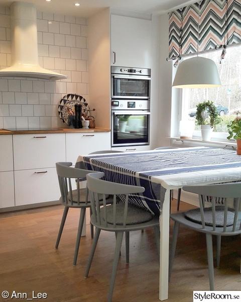 kök,hay,grå stol,grå stolar