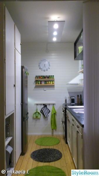 kök,renovering,panelvägg,fondvägg,kryddställ