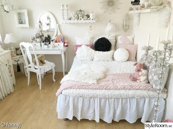 sovrum,tonårsrum,ungdomsrum,silver,rosa