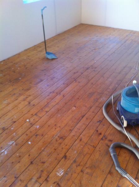 furugolv tr?golv,f?re tr?golv,lackat tr?golv,vardagsrum