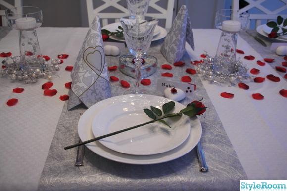 hjärtan,rosor,servetter,ljus,röd