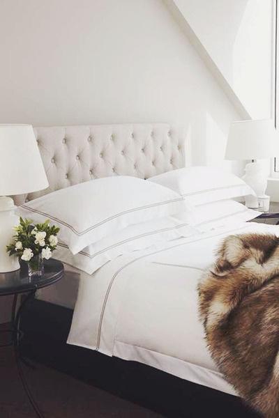 kuddar,stora kuddar,vitt sovrum,påslakan,påslakanset