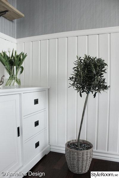 olivträd,vit buffé,em möbler,bröstpanel,blommor