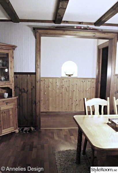 Bild på furu Renovering av liten hall mellan två rum, före och efter av Svartvittochrott