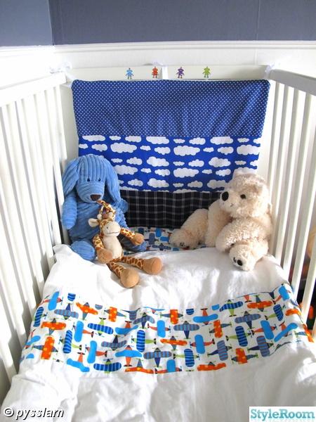 Bild på sänggavel Barnrum av pysslarn