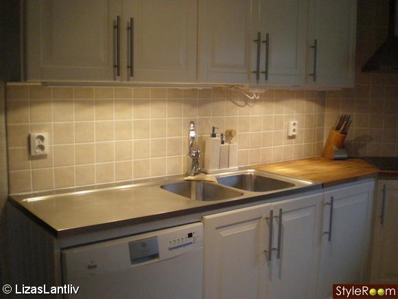 köket,lidingö skåpsluckor,ekbänkskiva,lantligt
