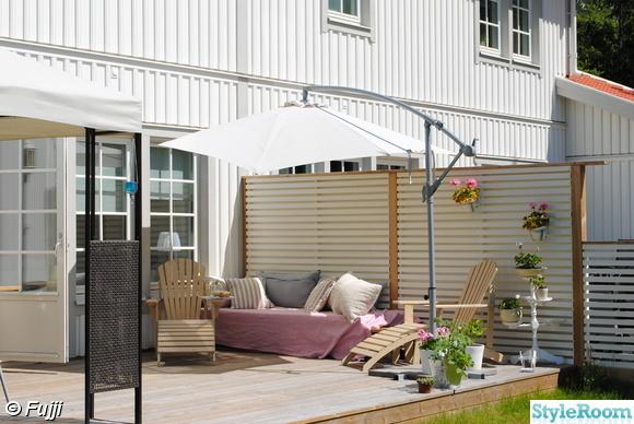 lastpallar,egentillverkad soffa,parasoll