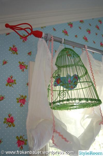 fågelbur,gardinstång,gardin,pippi,gardinstångsplopp