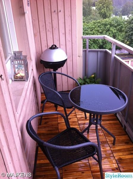 möbler,bord,stolar,grill,lykta