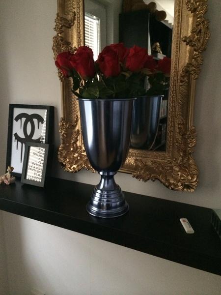 Bild nr 3 DIY hallbänk, sprayfärg, vas av Exlusiive