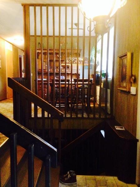 entre hall,70-talsvilla,matplats,kök,trappa