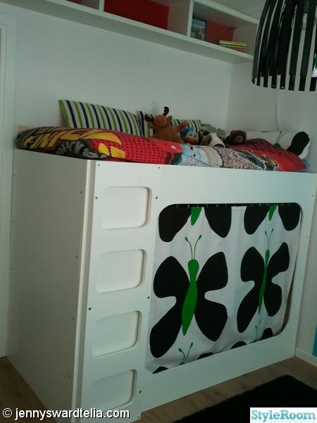 loftsäng,säng,garderob,tyg,fjärilatyg