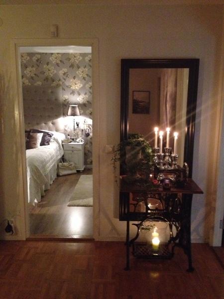 Bild på sovrum Sovrum med hotellkänsla av torrakakor