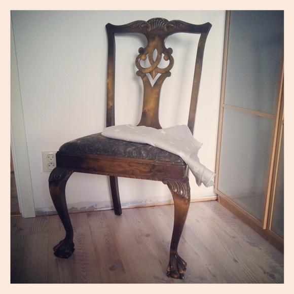 chippendale stolar m bel f r k k sovrum. Black Bedroom Furniture Sets. Home Design Ideas