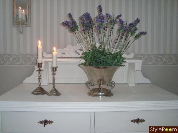 skänk,ljusstakar,lavendel,beslag