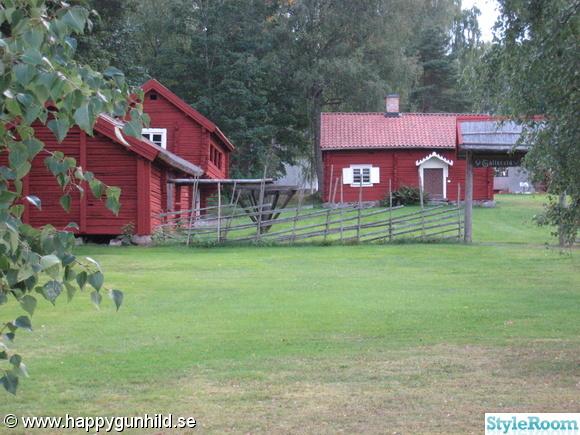 hembygdsgård,falurött,trähus,sommarhus