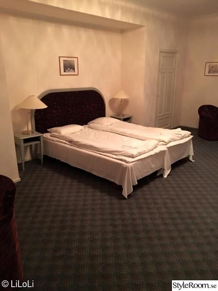 före & efter,heltäckningsmatta i sovrum,heltäckningsmatta,före renovering