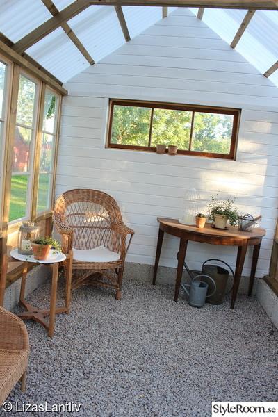 växthus,panel,bygga eget,återbruk,gamla fönster