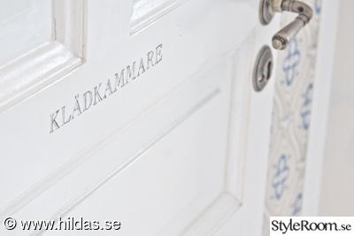 klädkammare,dörrtext,garderob