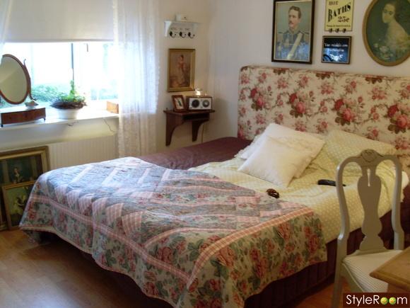 Romantisk sänggavel från Mio möbler  Diskutera Köp & Sälj