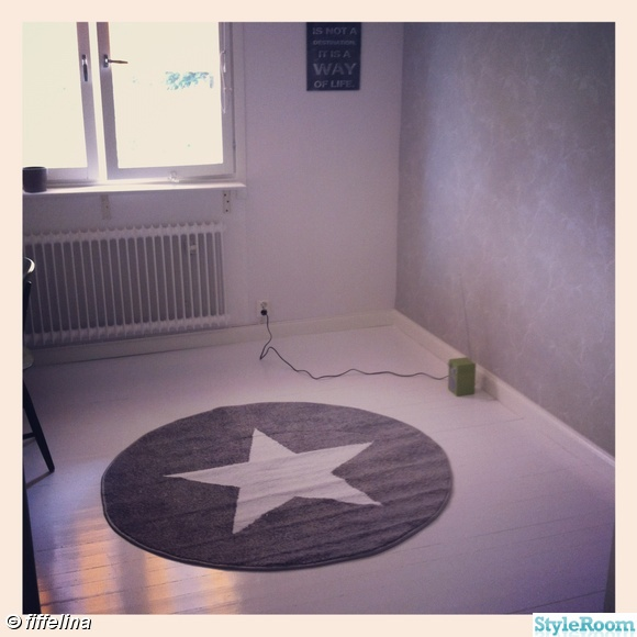 stjärnmatta,vitt golv,måla golv