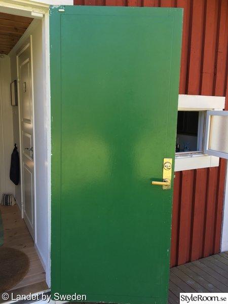 masonitskivor,ytterdörren,torp