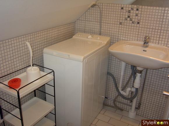 badrum,kakel badrum,tvättmaskin,handfat