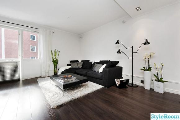 golv,golvlist,soffa,vardagsrum