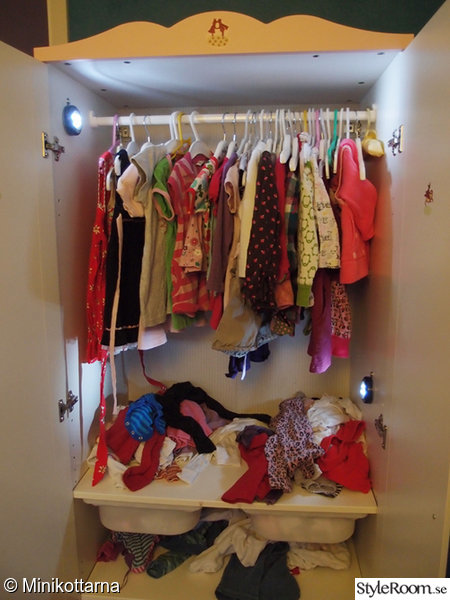 led,ledbelysning,belysning garderob,klädskåp,garderobsindredning