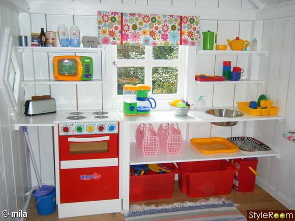 Lekstuga inspiration och id er till ditt hem for Interior playhouse designs