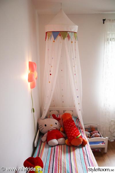 kritter barnsäng,docksäng,sänglampa,sänghimmel