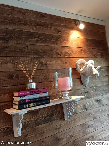vardagsrum,doftpinnar,stenbock,ljuslykta,vintage