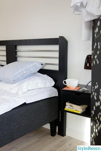 svart,sängram,sängavel,huvudgavel,sängbord,skandinavisk