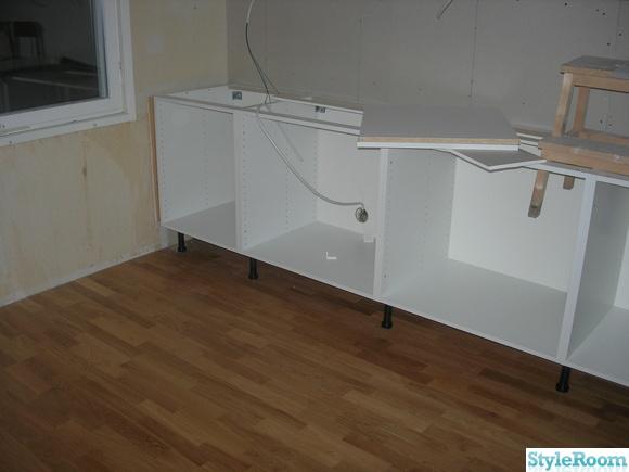 skydda parkett i kok interi rinspiration och id er f r hemdesign. Black Bedroom Furniture Sets. Home Design Ideas