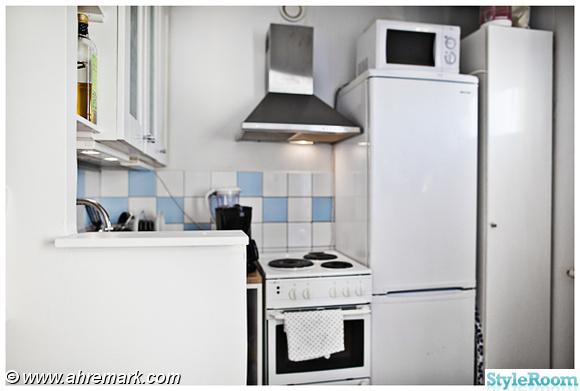 avlångt kakel kök : Bild på fuktspärr Totalrenovering av etta på ...