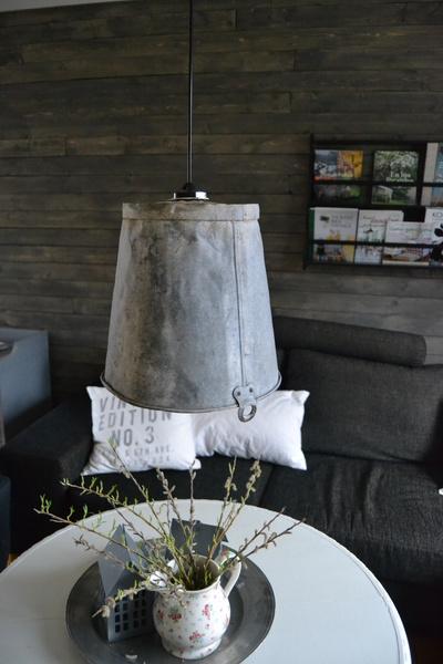 lampa av hink