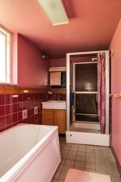 duschrum,dusch,badkar,källare,förebild