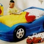 Little tikes bilsäng, hensvik bokhylla, 2+3:a Ektorp soffa