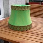 Säljes grön lampskärm