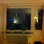Fönster+balkongdörr ut mot terass