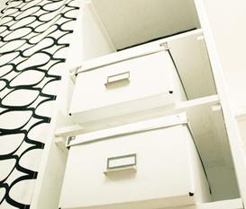 Köket & hallen i svart/vitt