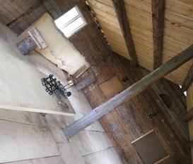 Öppen planlösning på hela övervåningen  i Timmerhuset