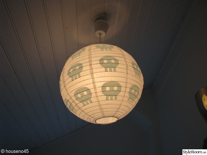 barnrum,lampa