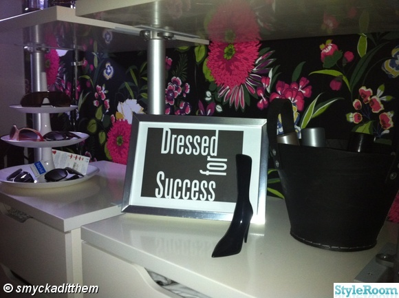 tavla,walk-in-closet,dressed for success