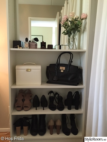 ikea,walk in closet,wic,billy,hylla